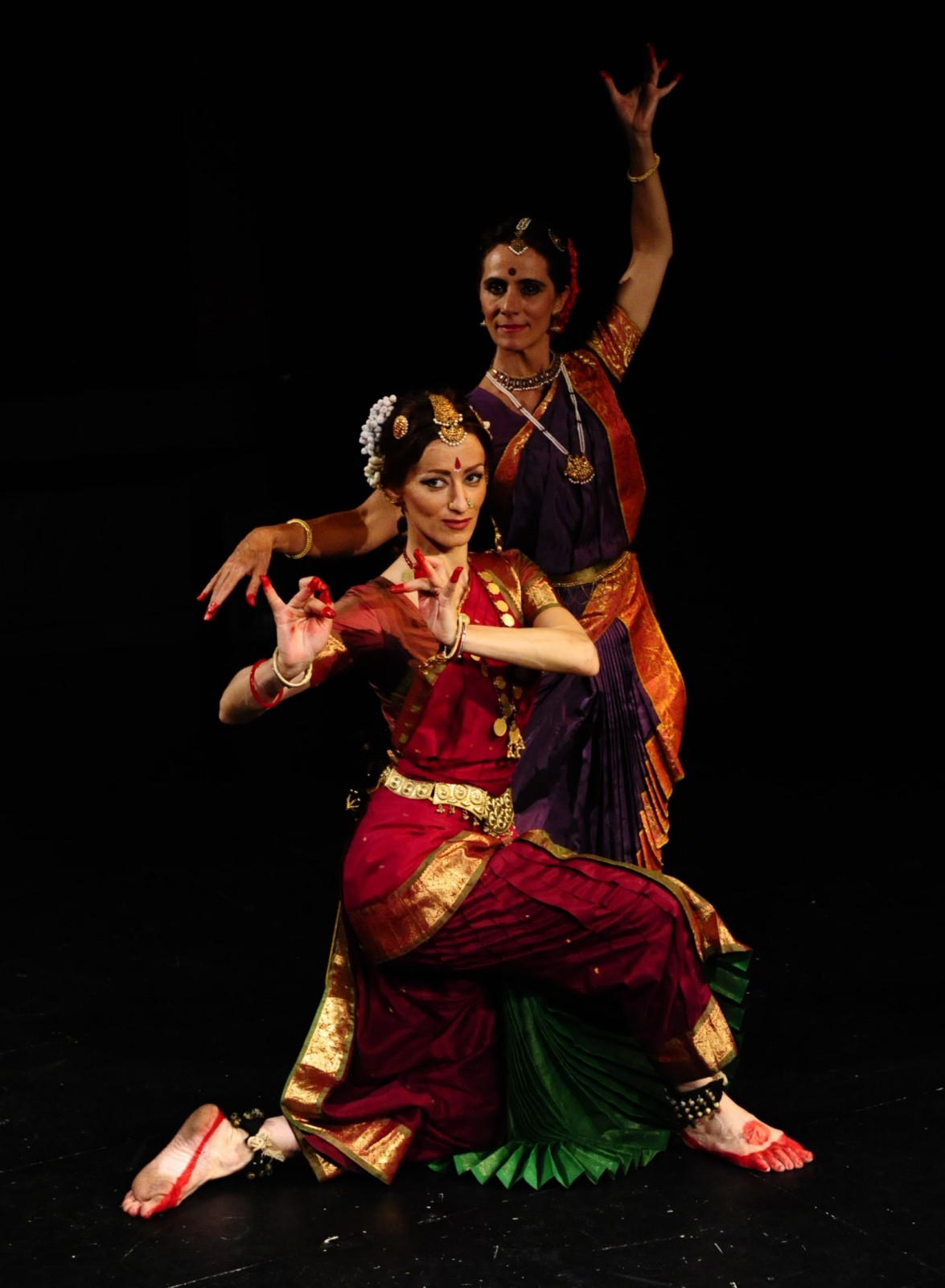 indian dance This short section on dances of india is an attempt to highlight indian dances, indian dance forms and indian traditional dances.